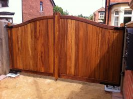 Double Gate-  Iroco hardwood