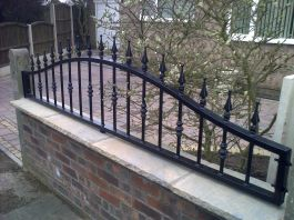 Gates In Mansfield Nottingham By The Foundry Decorative