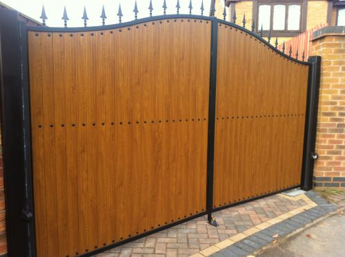 Double Gate- FDW3 UPVC Golden Oak
