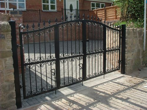 Bi Fold Gate Fd23 The Foundry Decorative Steelworks